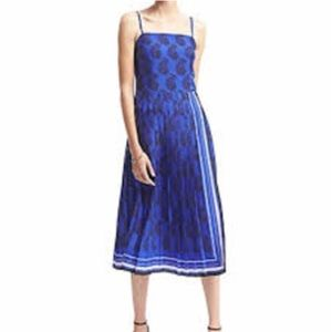 Banana Republic Pleated Blue Midi Dress Size 6